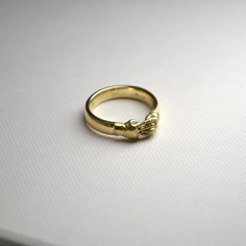 Gold 18ct Yellow Hands Ring