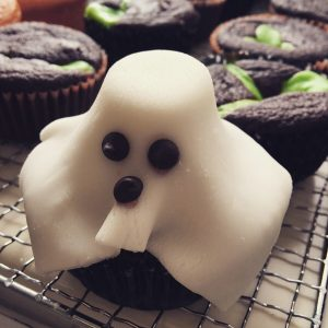 Spooky ghost Singapore Halloween cupcakes from Amazing Grace Bakes