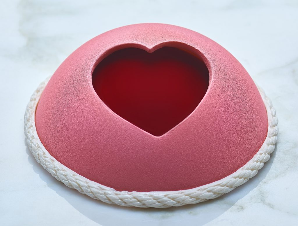 the desire cake from regent hotel - Places To Go On Valentines Day