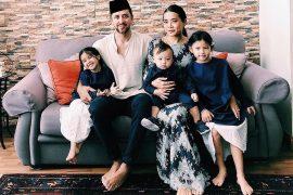 Celebrate Hari Raya with Yiu Lin and family