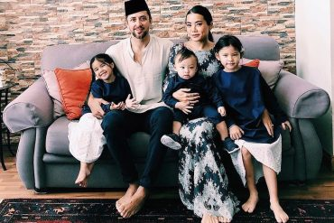 Celebrate Hari Raya with Yiu Lin and family